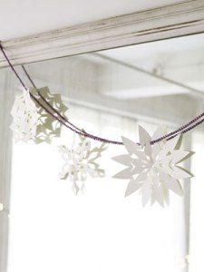 paper-snowflakes-1210-s3-medium_new
